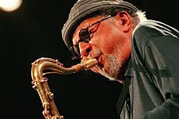 charles_lloyd_sax_photo_600px.jpg