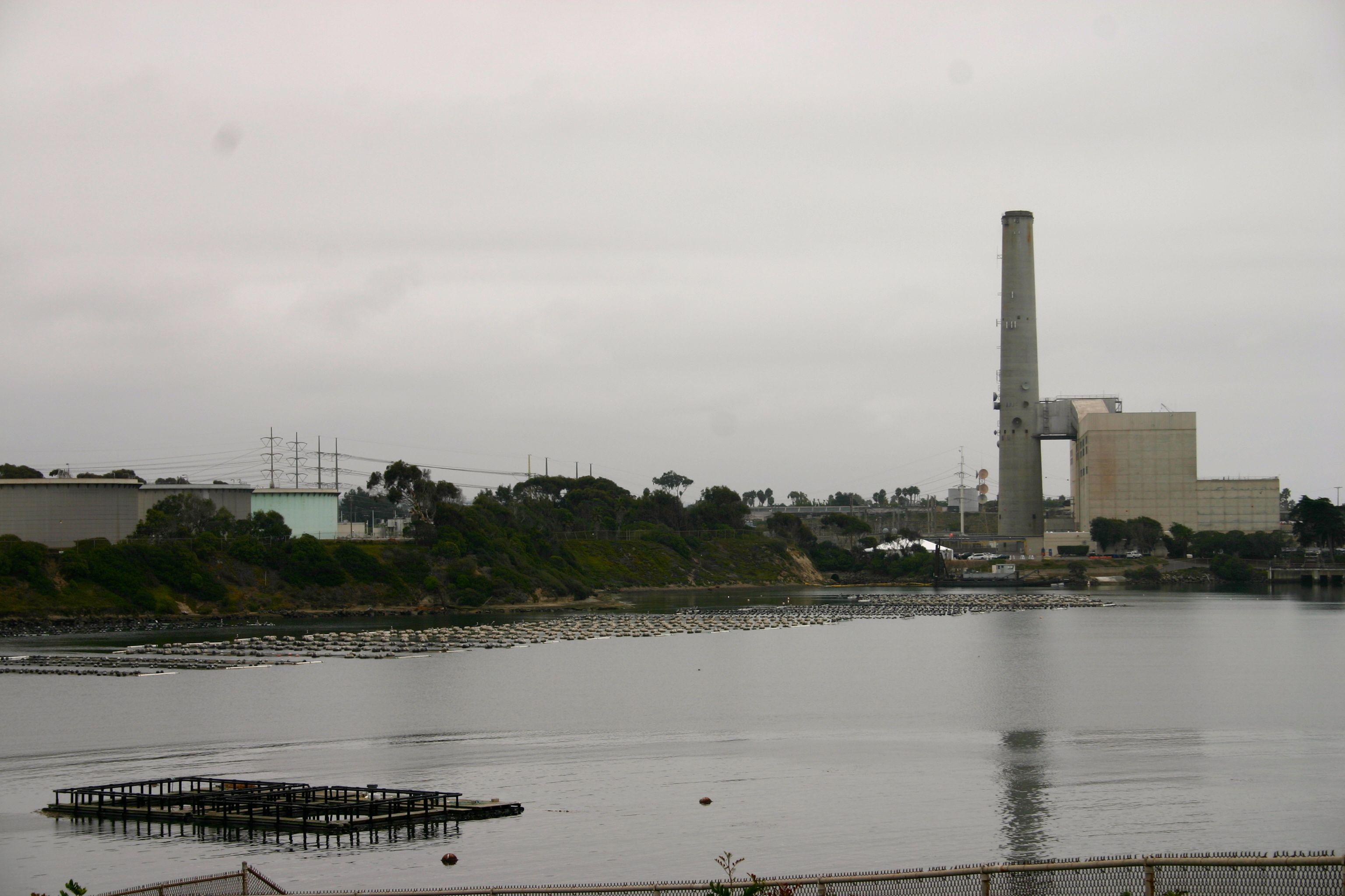 Carlsbad_desalination_plant3.jpg