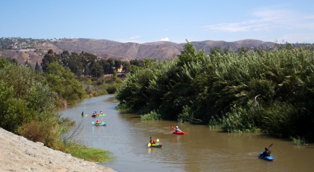 santa_ana_kayakers_on_the_Santa_Ana.jpg