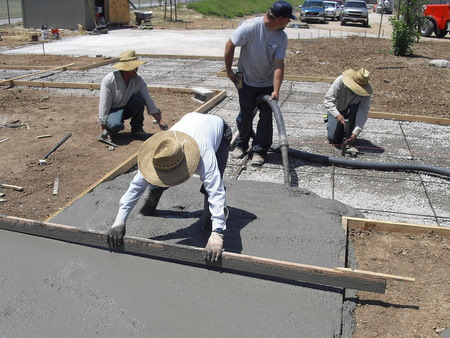 Pouring cement in the Spanish Vignette