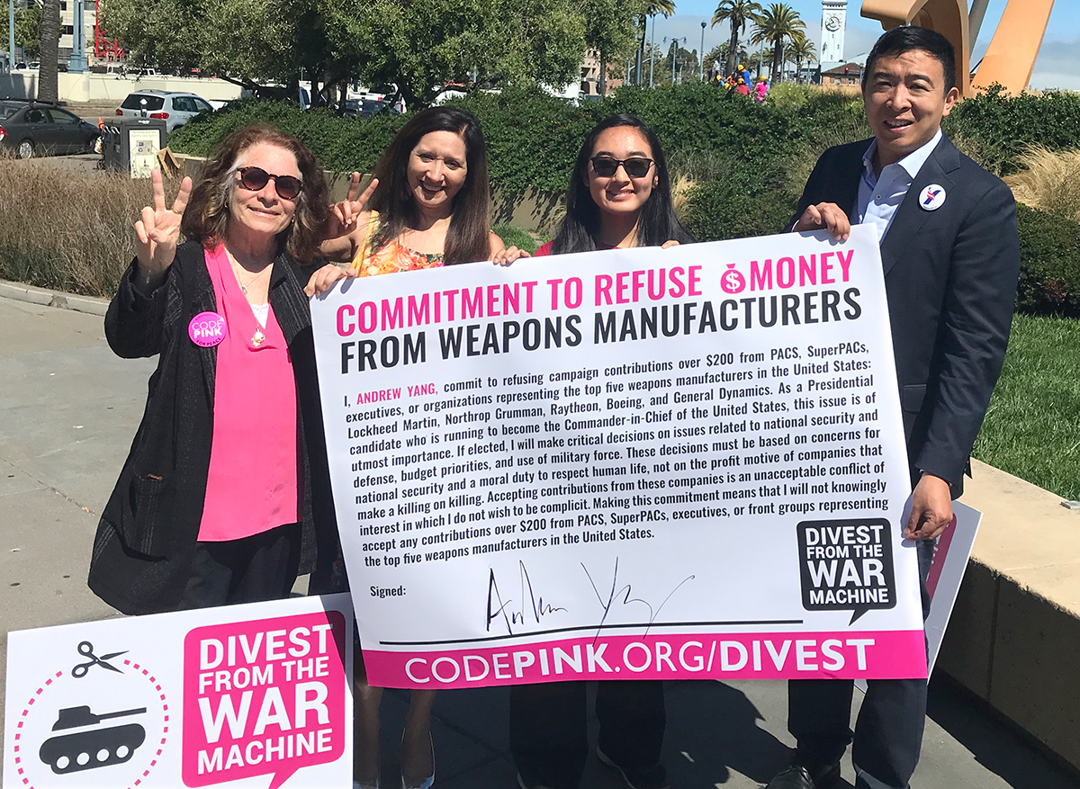 Andrew Yang with our Divest Team