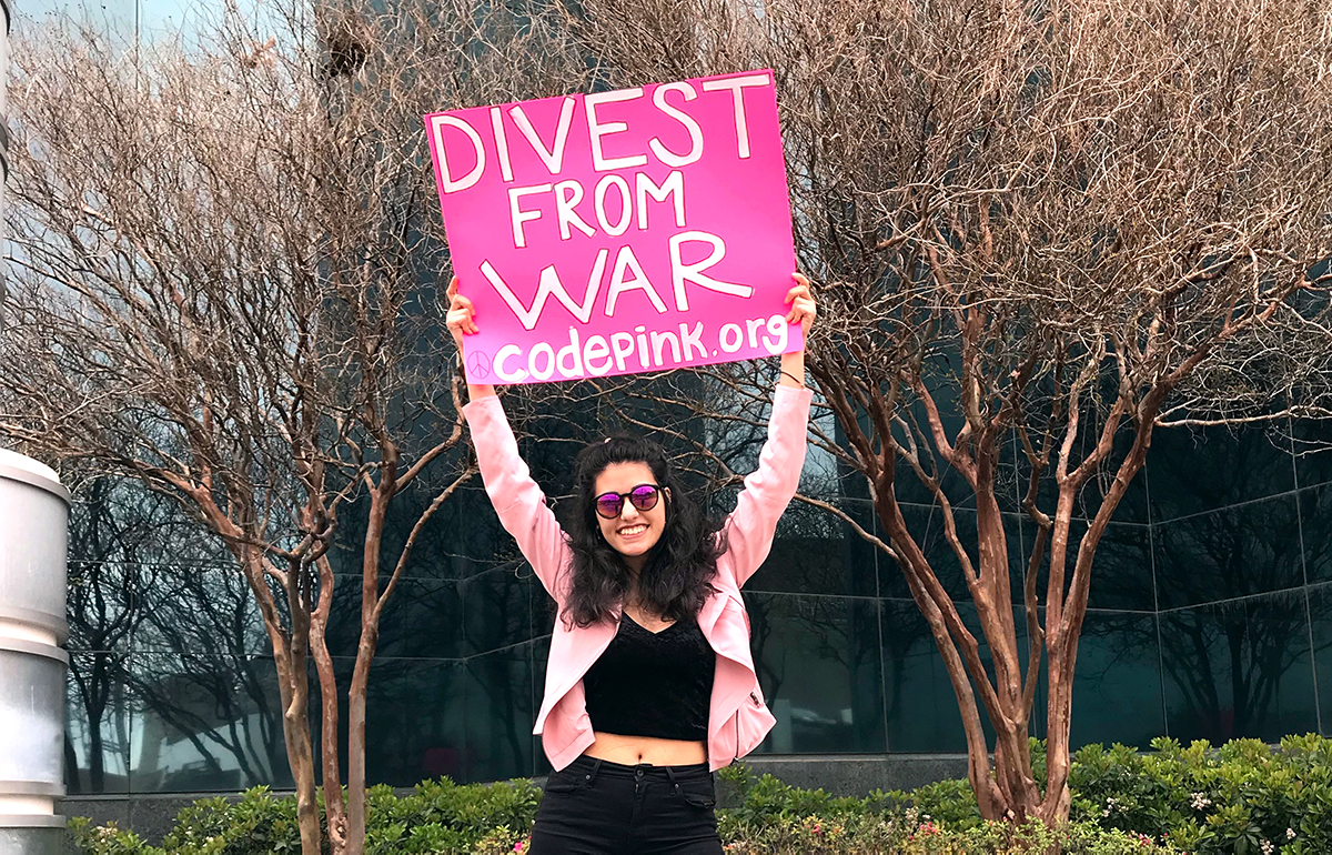 Eugene, Oregon: Tax Day protest and letter delivery to the