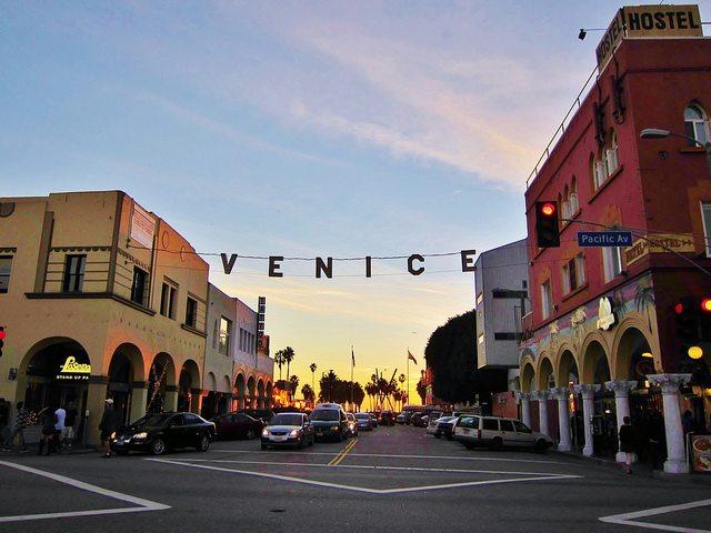 Venice-Beach-sign.jpg