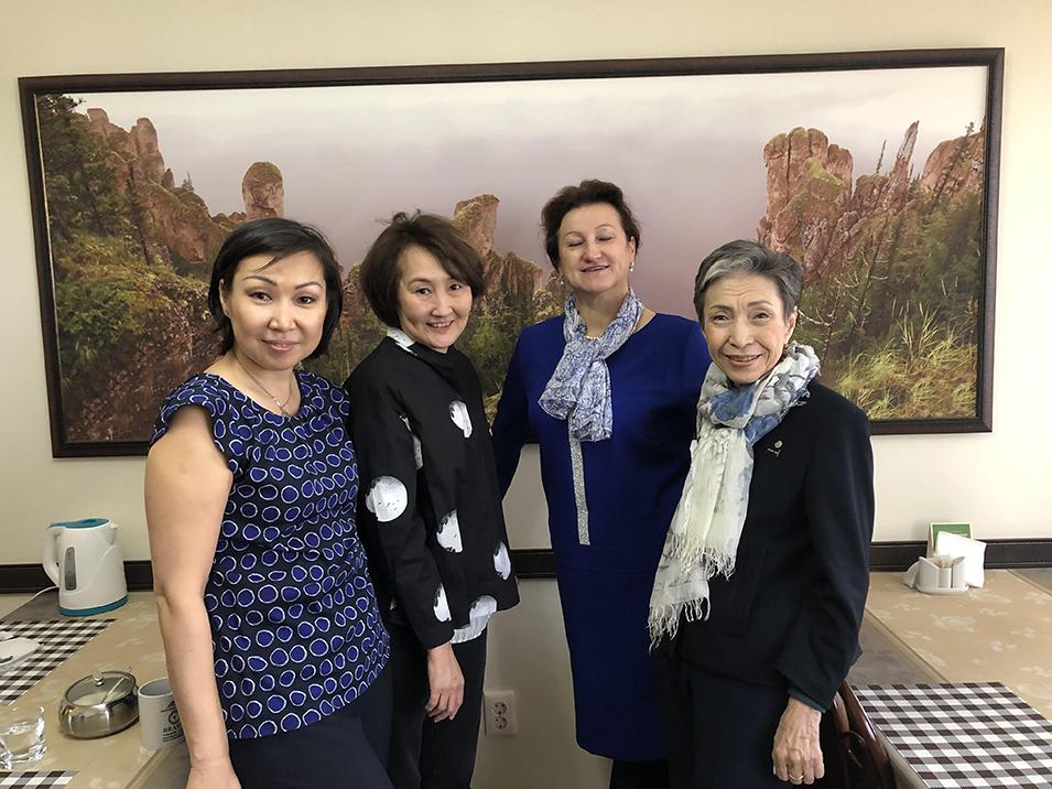 Katya, Irina, Alvina, Kapalina.  Rotary hosts in Yakutsk.