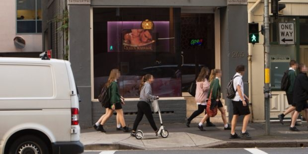 School students exposed to suspected 'school girl' brothels in the heart of Sydney