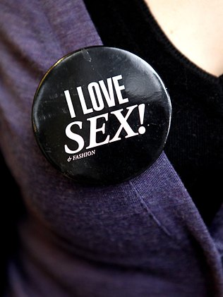 i_love_sex_badge.jpg