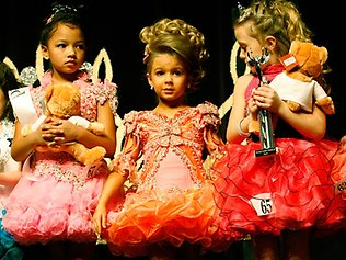 child-beauty-pageant-picture.jpg