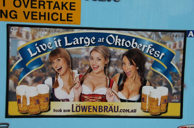 lowenbrau_bus_ad_live_it_large.png