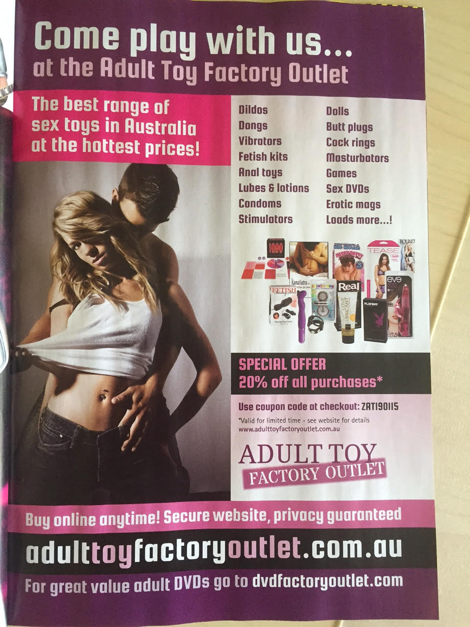 Zoo_Weekly_AdultToyWebsite_ad.jpg