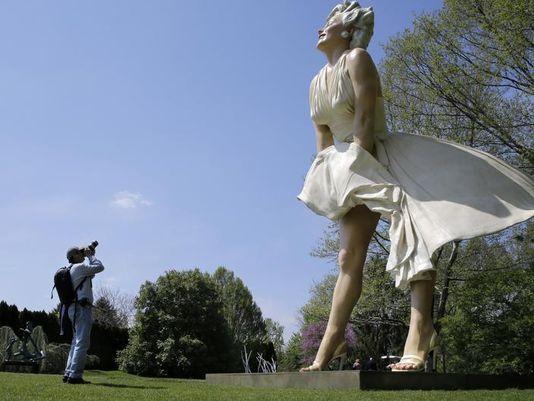 Forever_Marilyn.jpg