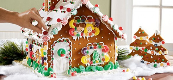 Gingerbread_House.jpeg