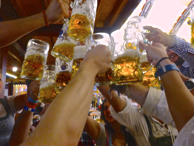 beer_cheers.jpg