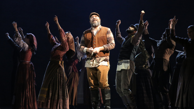 fiddler-on-the-roof-2015.jpg