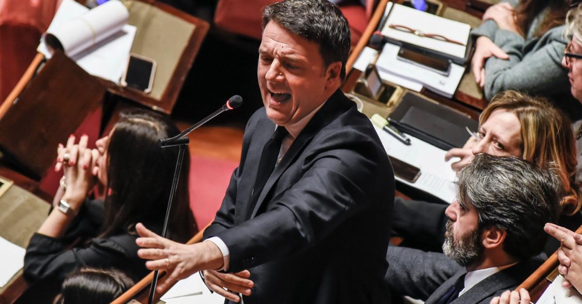 """Renzi: """"Quanta ipocrisia sulle banche.  Ora pronti a sbloccare i cantieri"""