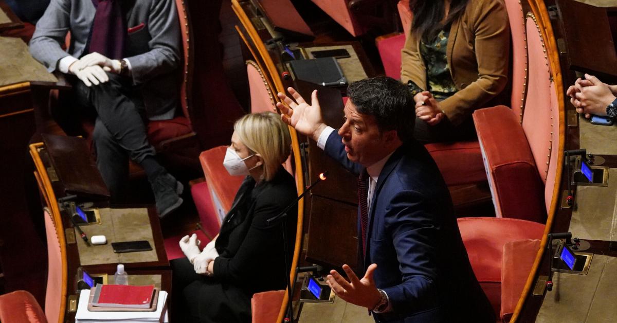 """Renzi: """"Riapriamo subito per evitare la carestia"""""""