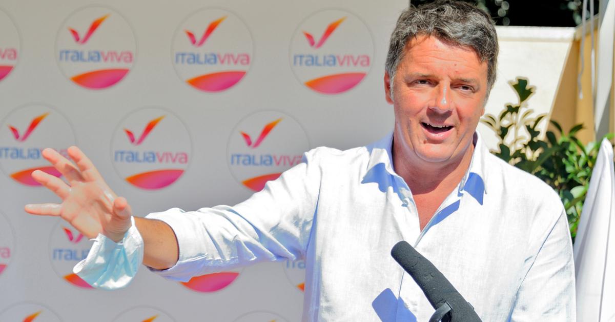 """Renzi: """"Ai grillini dico: non date la Toscana a chi non crede all'antifascismo"""""""