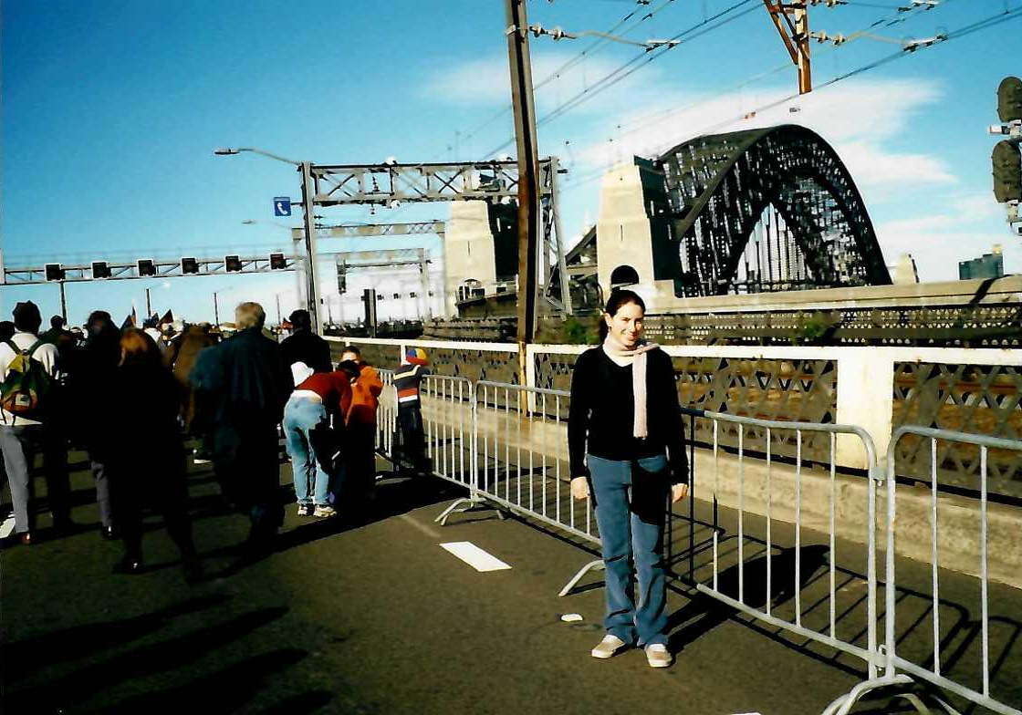 Rebecca_Lindsay_-_Bridge_walk_2.jpg
