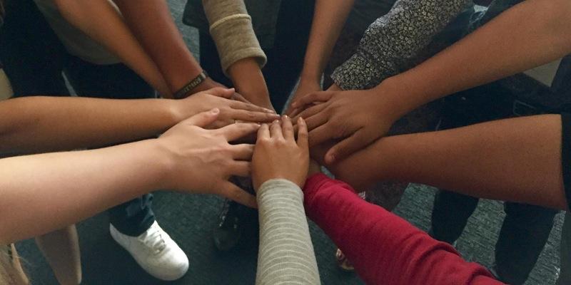 hand_circle.jpg