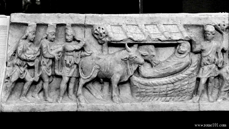 another carving of animals