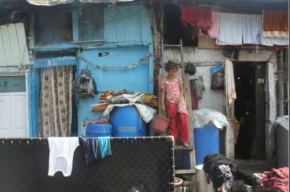 laundry outside living quarters in India