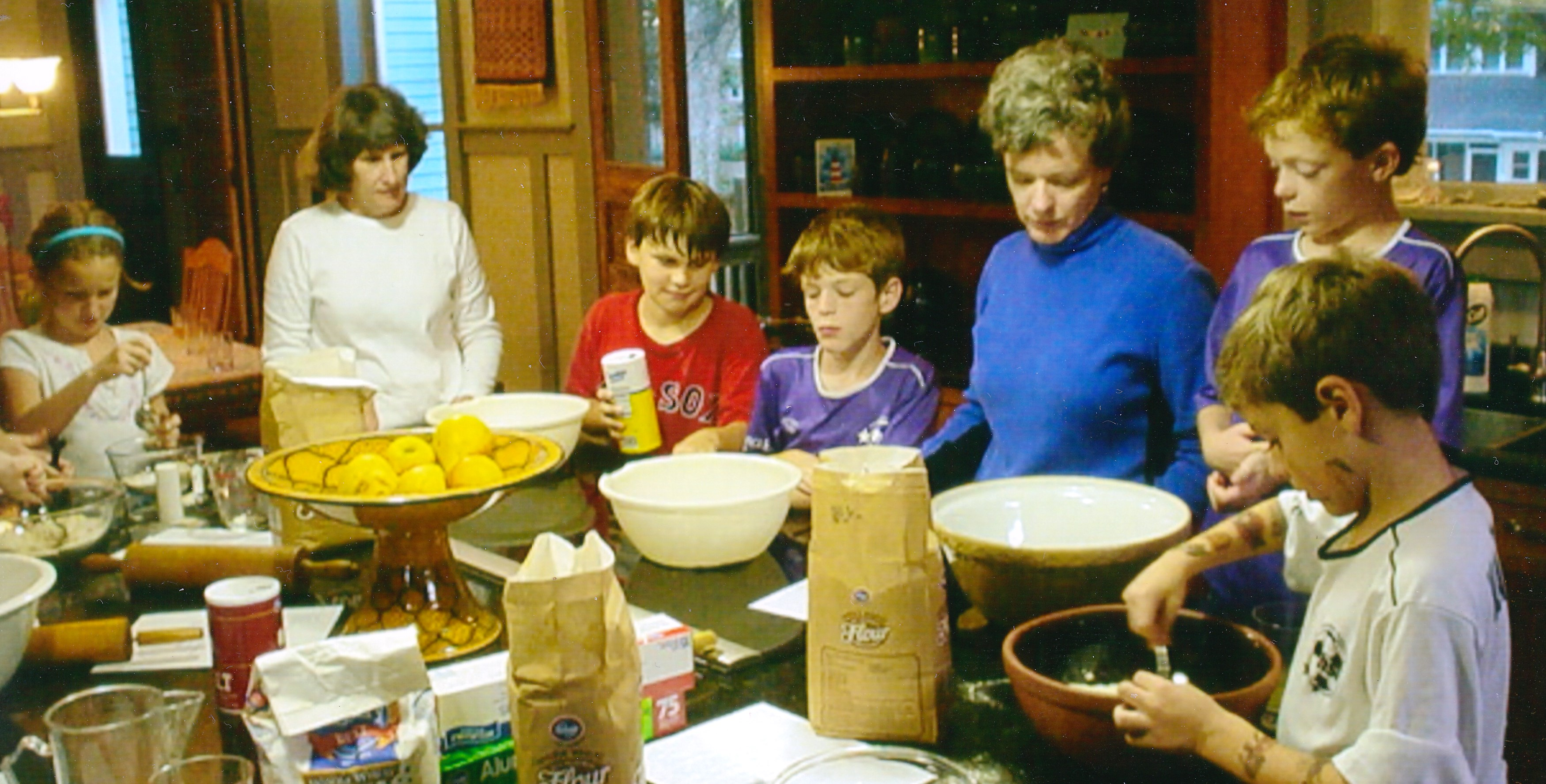 photo children making communion bread