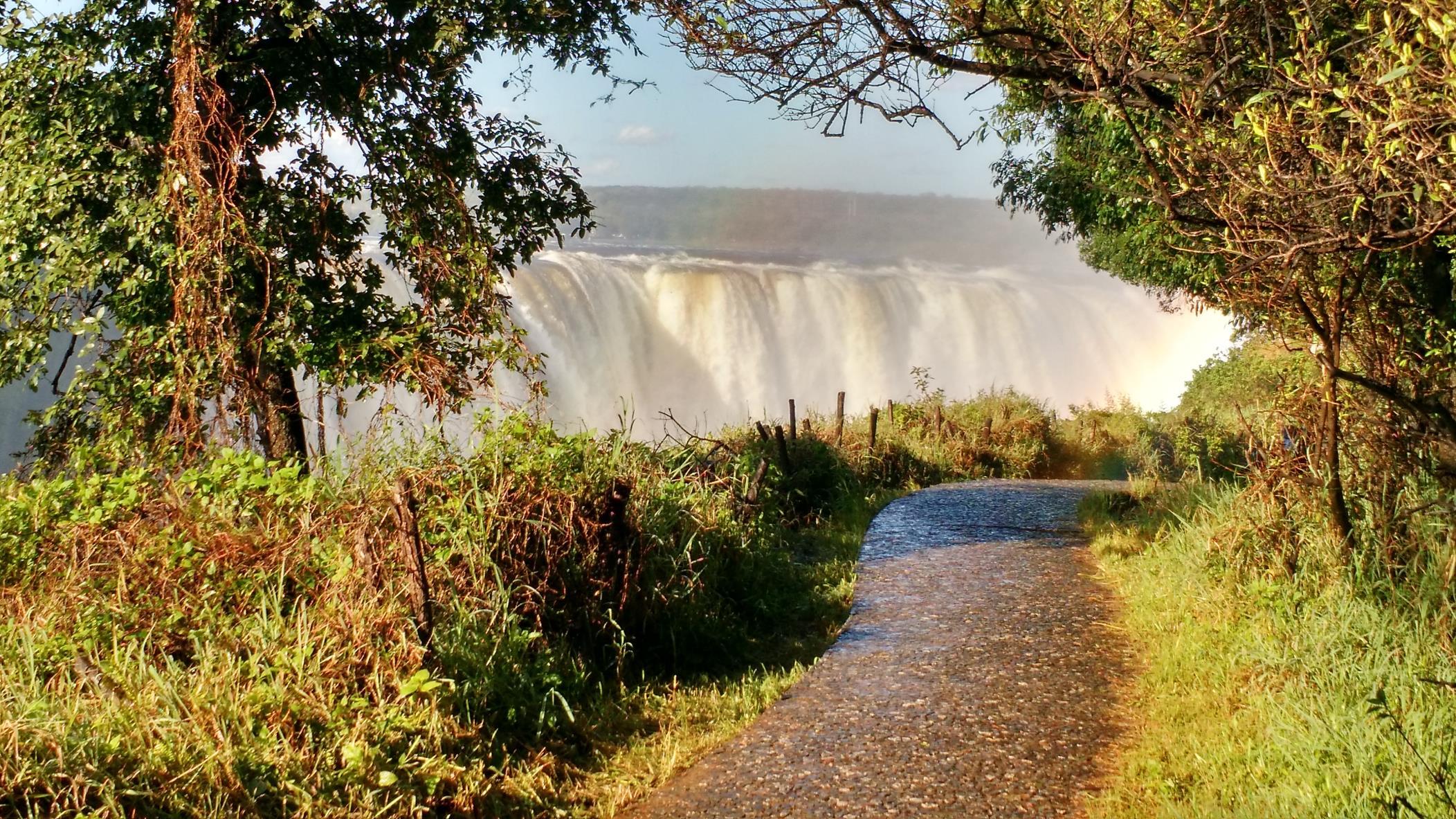 photo of top of Victoria Falls