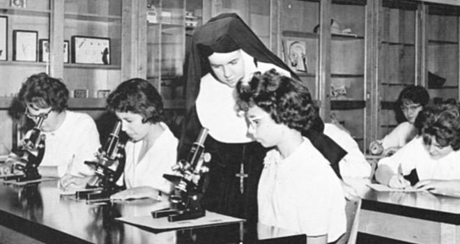Sister-of-St-Joseph-Science-Class-Brooklyn-1965-660x350-1474000373.jpg