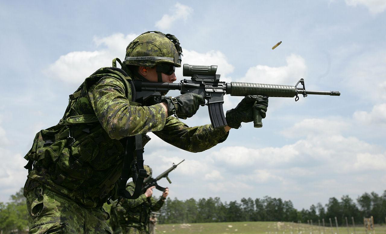 1280px-Canadian_C7A2_Rifle.JPG