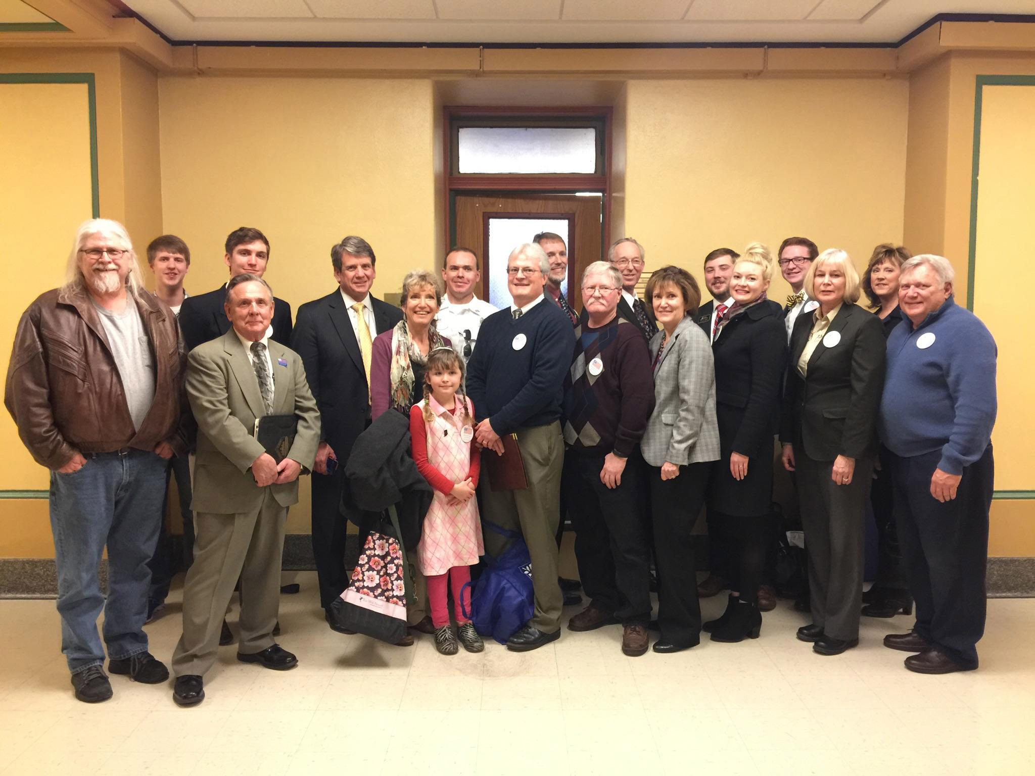 IndianaStateHouse-MichaelFarris-and-volunteers.jpg