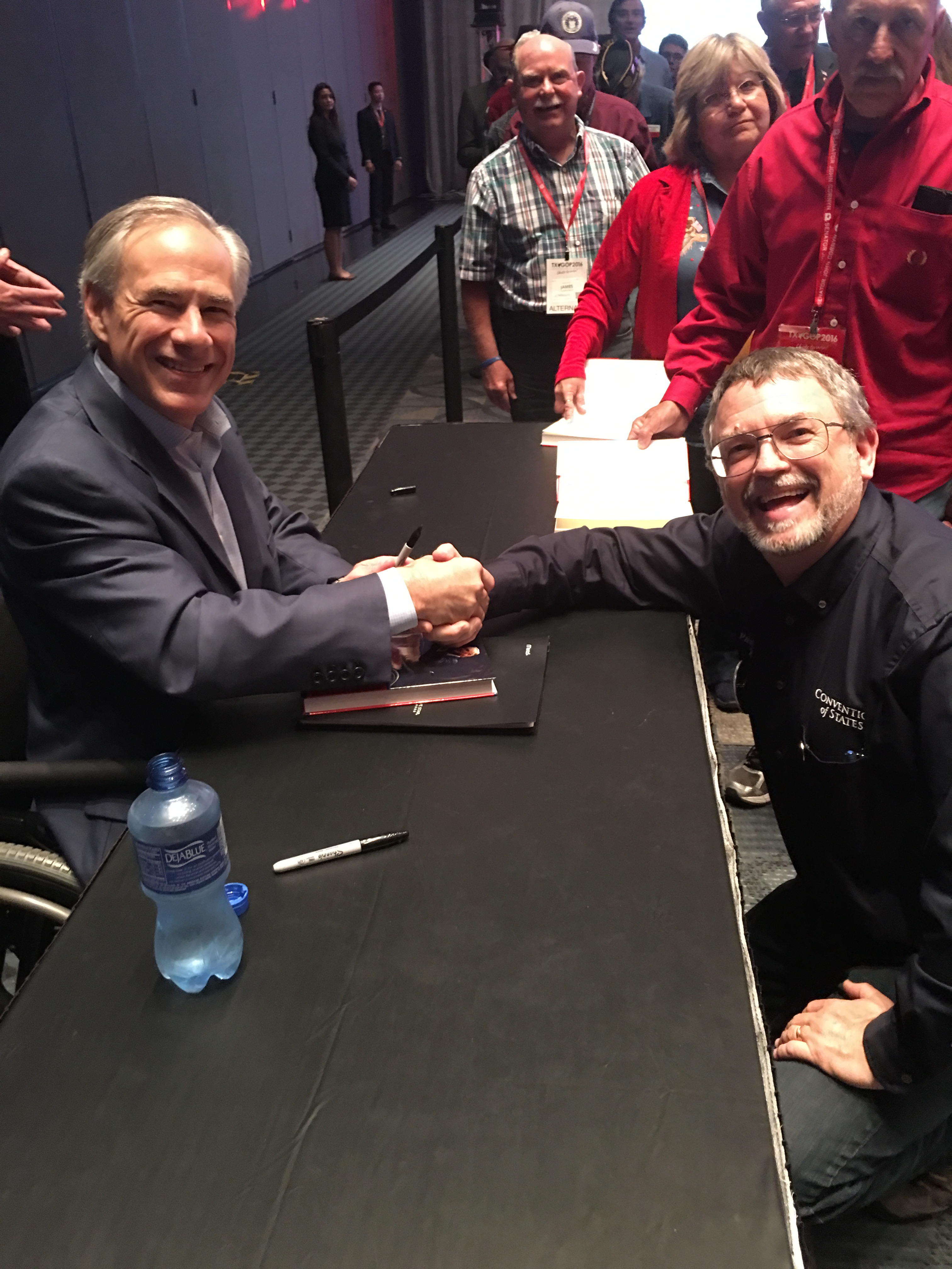 Governor_Abbot_and_Paul_Hodson_Shake_Hands.JPG