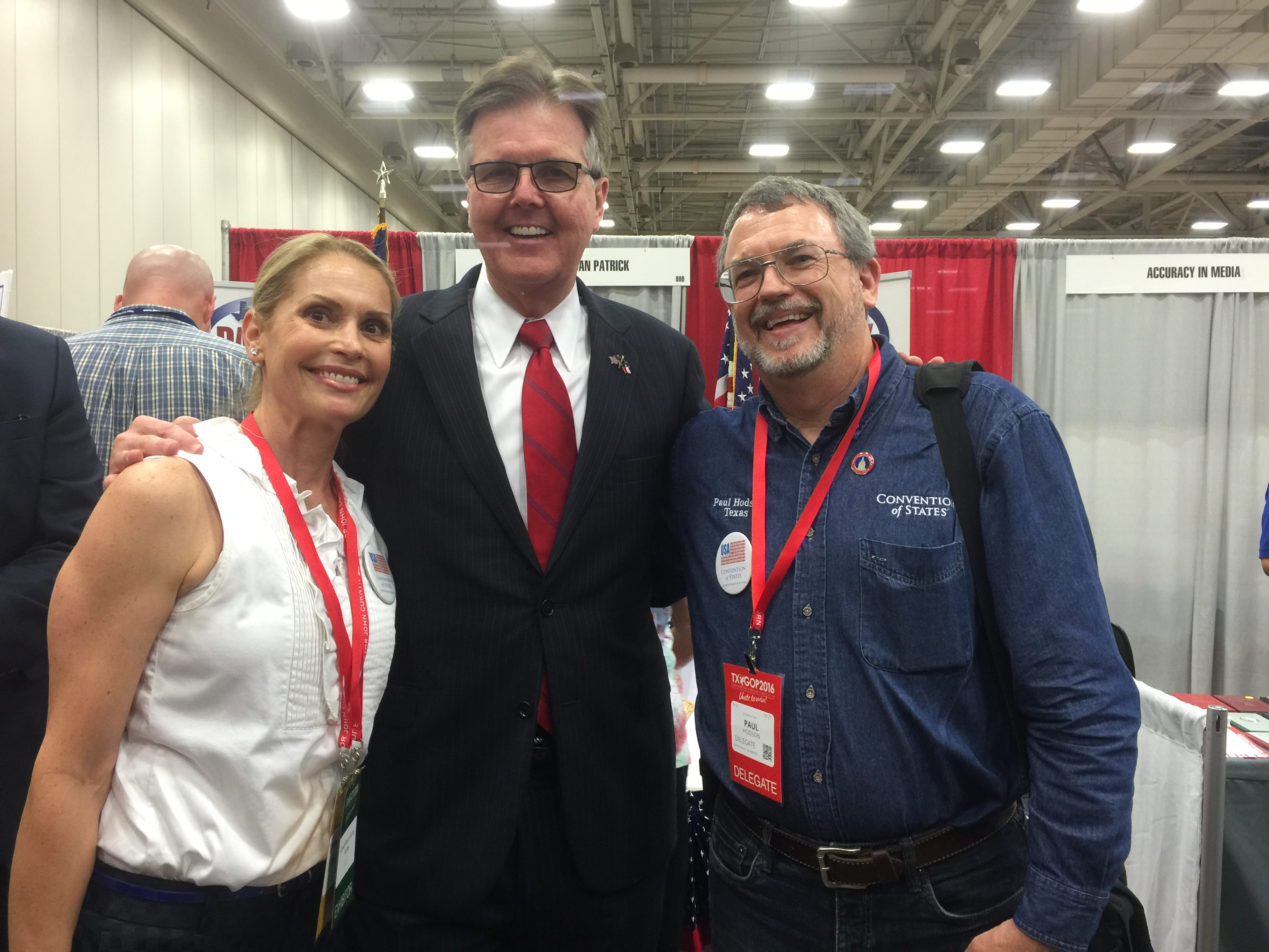 Lt._Gov._Dan_Patrick_with_Tamara_Colbert_and_Paul_Hodson.JPG