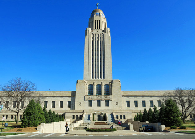nebraska-lincoln-capitol-building_1_.jpg