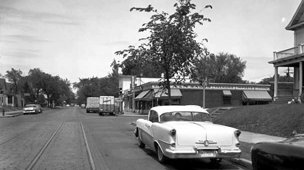 Cedar_Avenue_and_35th_Street_1957.jpg