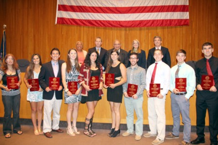 web_size_Huntington_Town_Board_honors_scholar_athletes_1_.jpg