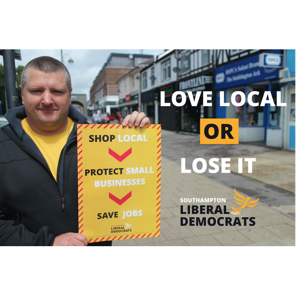 key_freemantle-campaigner-andy-beal-promoting-the-shop-local-campaign-in-shirley.png