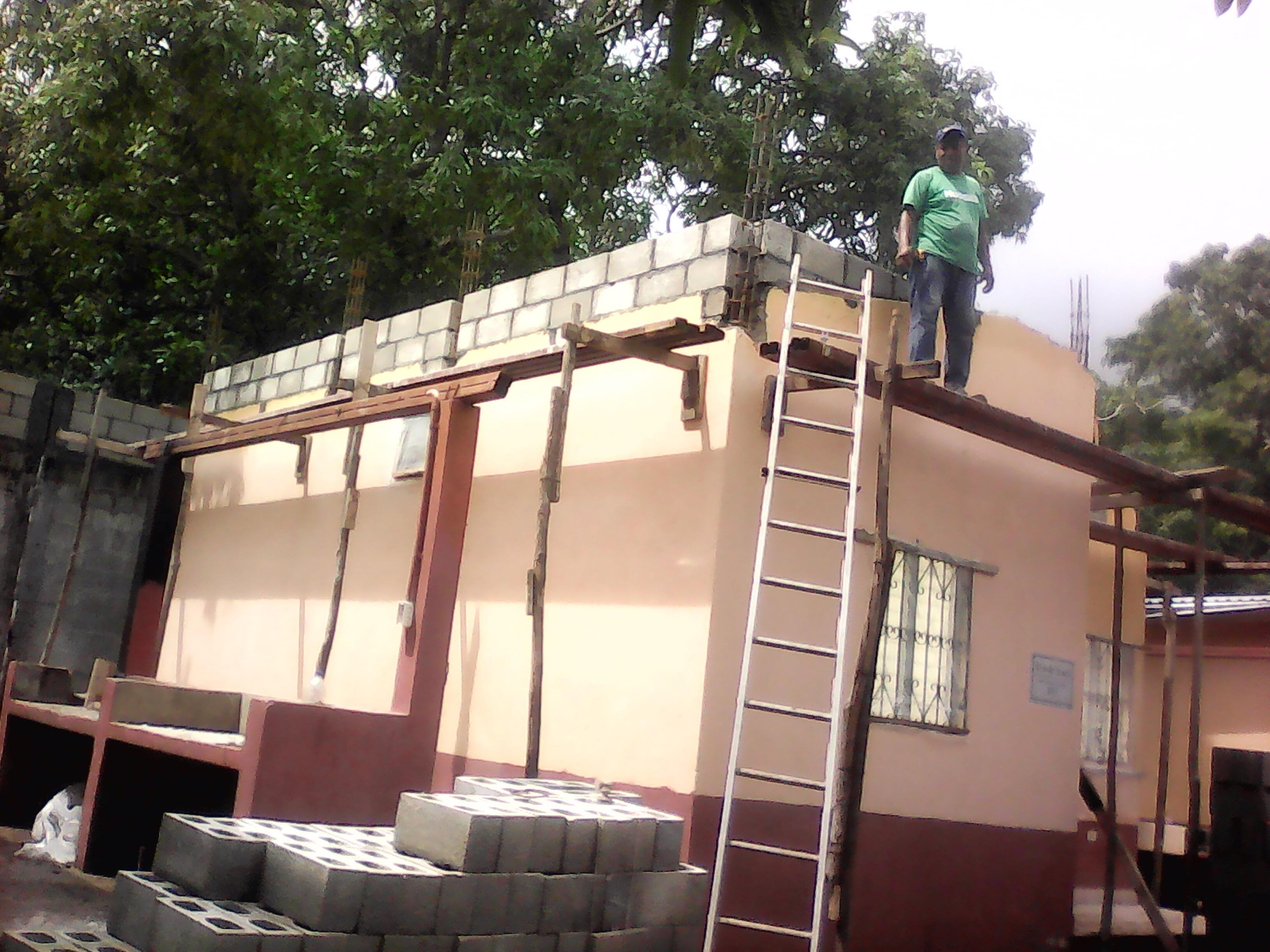 Roof_3_b.JPG