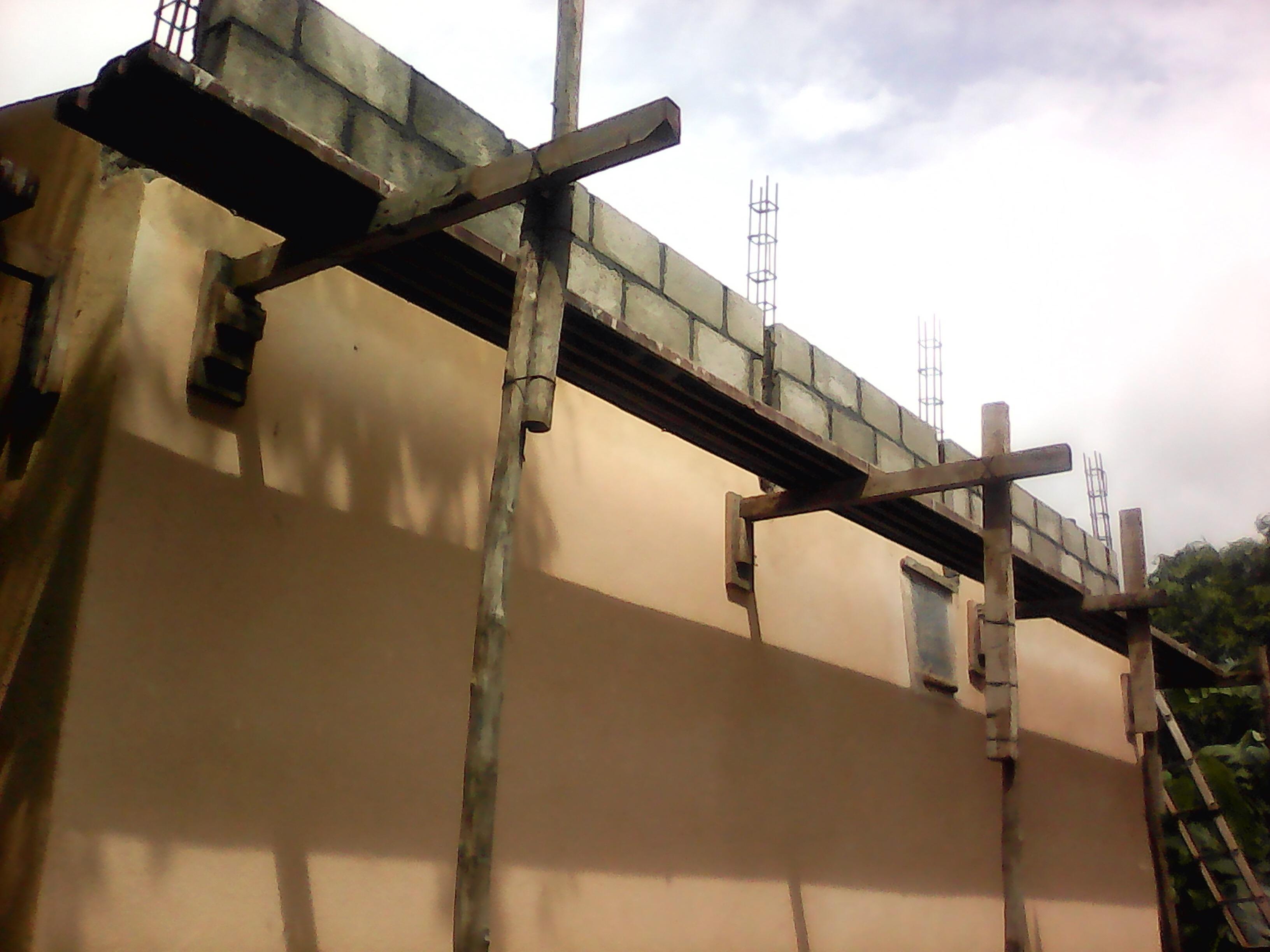 Roof_3_c.JPG