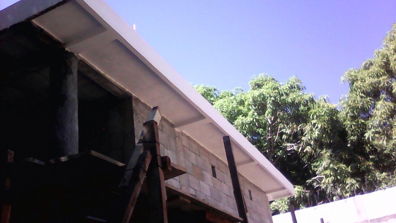 bodega_roof_2.jpg