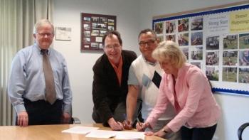 Robert Harper, Cowichan Valley School Disrict; Rob Zver, CUPE 606; Stuart Pagaduan, Cultural Teaching Assistant; Ayn Cargill, CUPE 606.