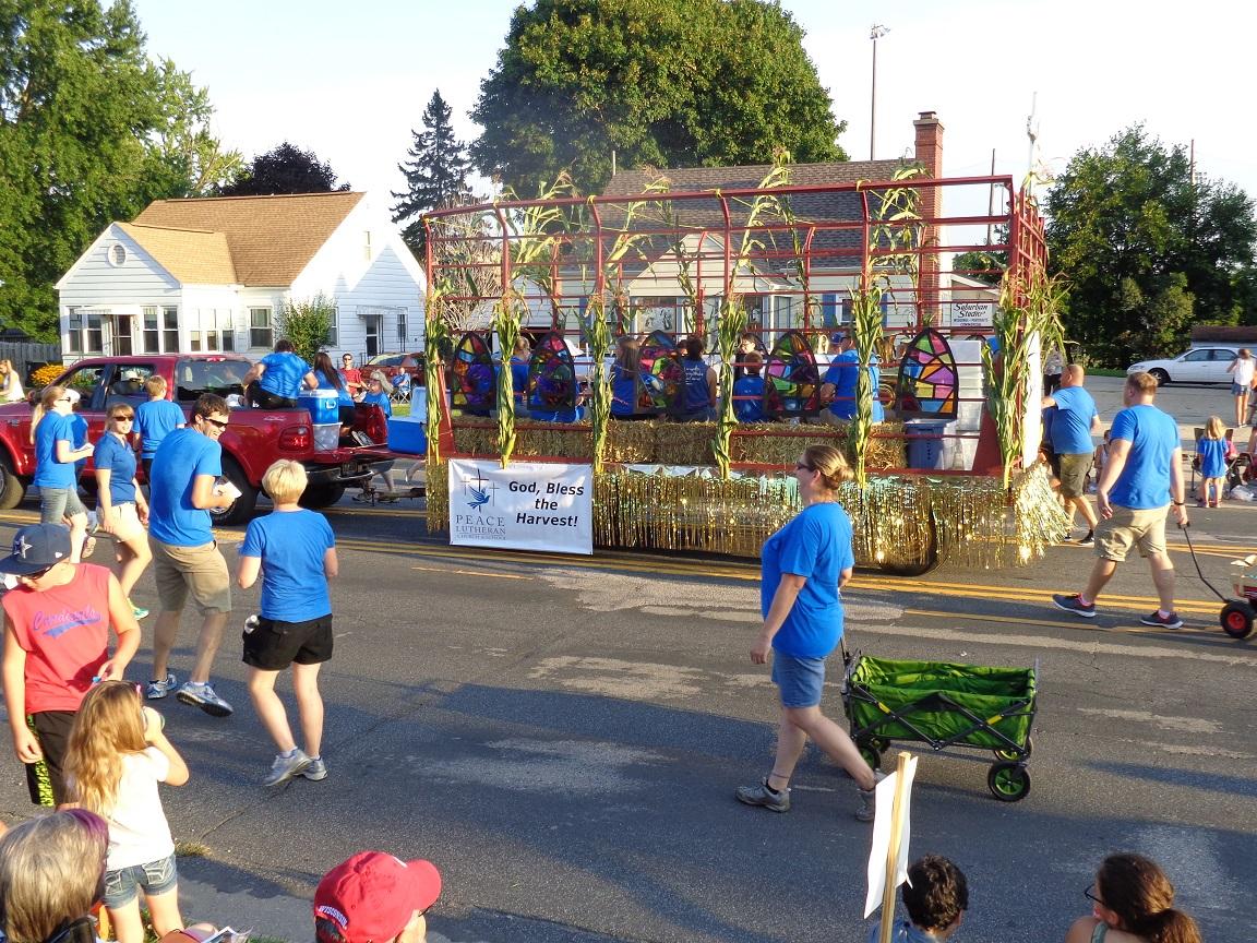 corn_fest_parade_2016.jpg