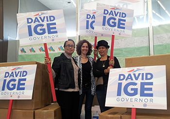 Davd Ige for Hawaii Governor yard signs