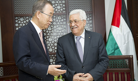 Secretary-General Ban Ki-moon (left) meets with President Mahmoud Abbas