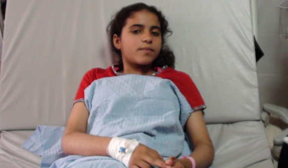 """Grieving girl who attempted """"suicide by soldier"""" shot in legs"""