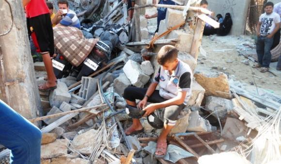 Six children died when an Israeli missile struck a residential building in Khan Younis on Tuesday.