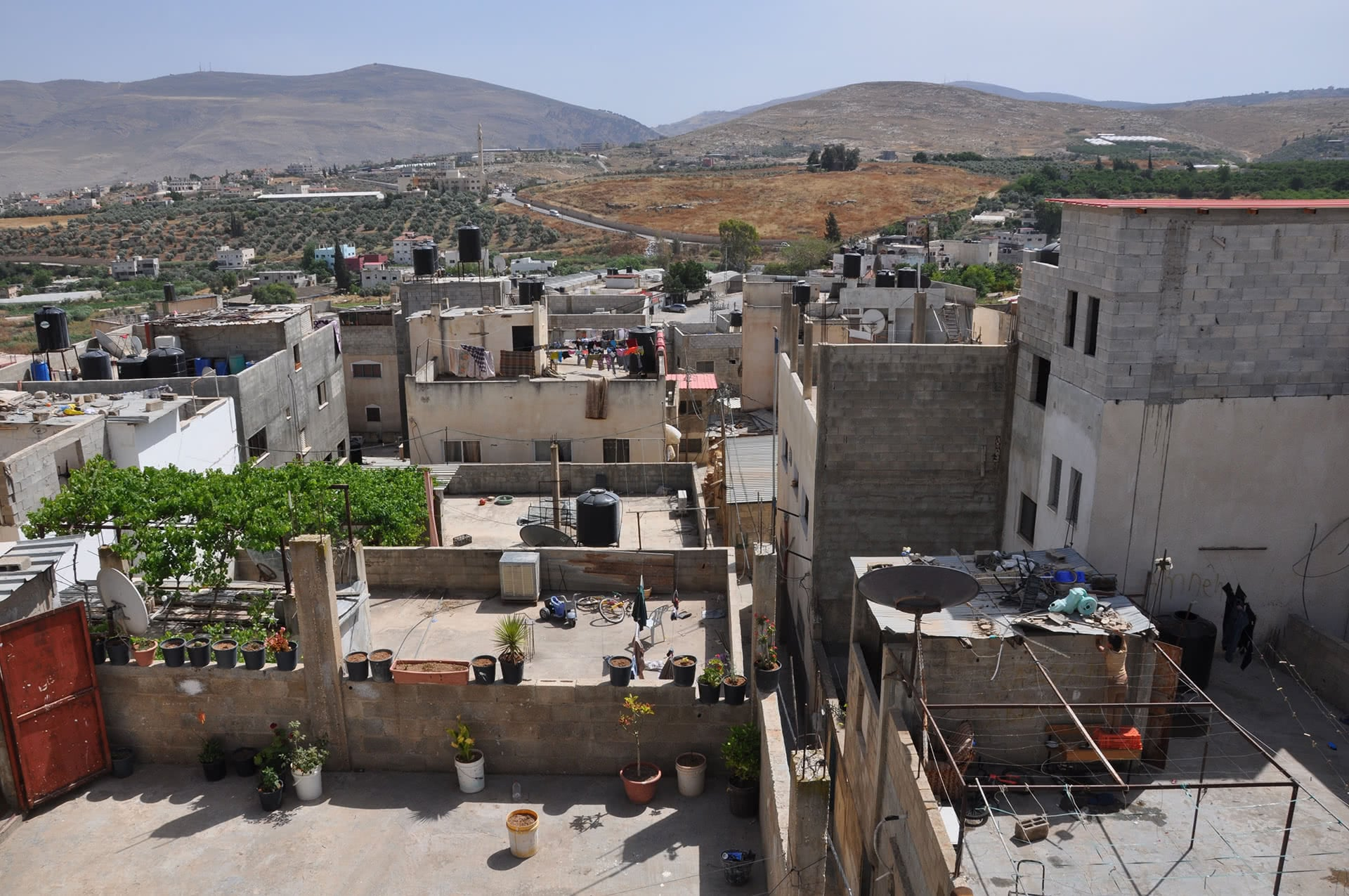 Privately-owned agricultural fields surround Fara'a refugee camp. (Photo: DCIP / Emily Thomas)