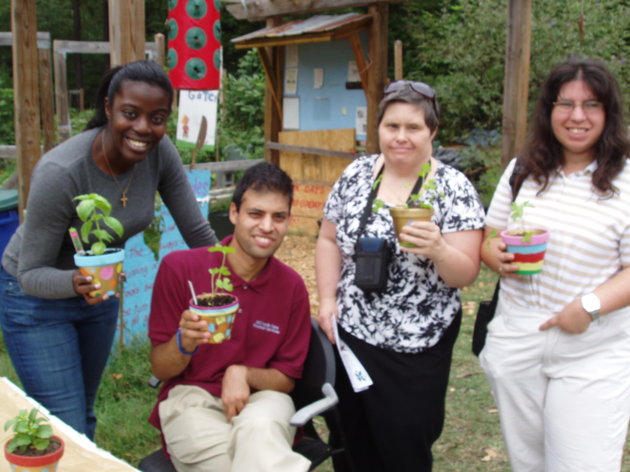HOPE_Garden_Cooking_Class_Field_Trip_Sept._20_2011_021.jpg