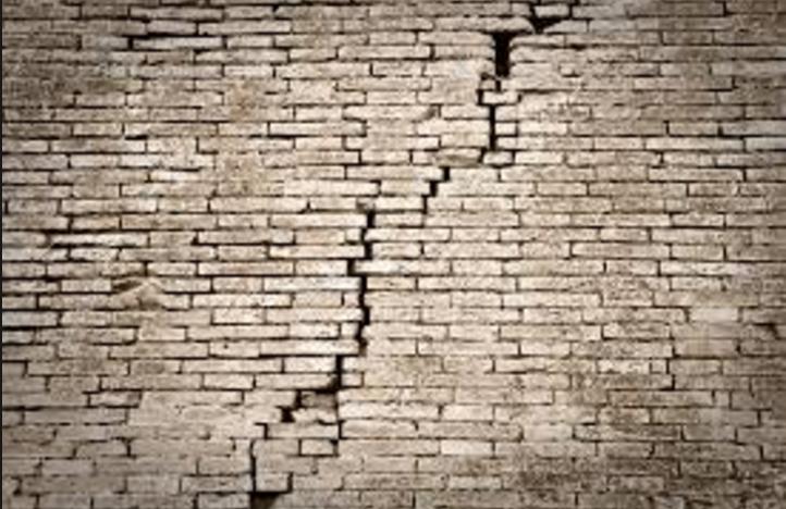 Building_crumbling.png