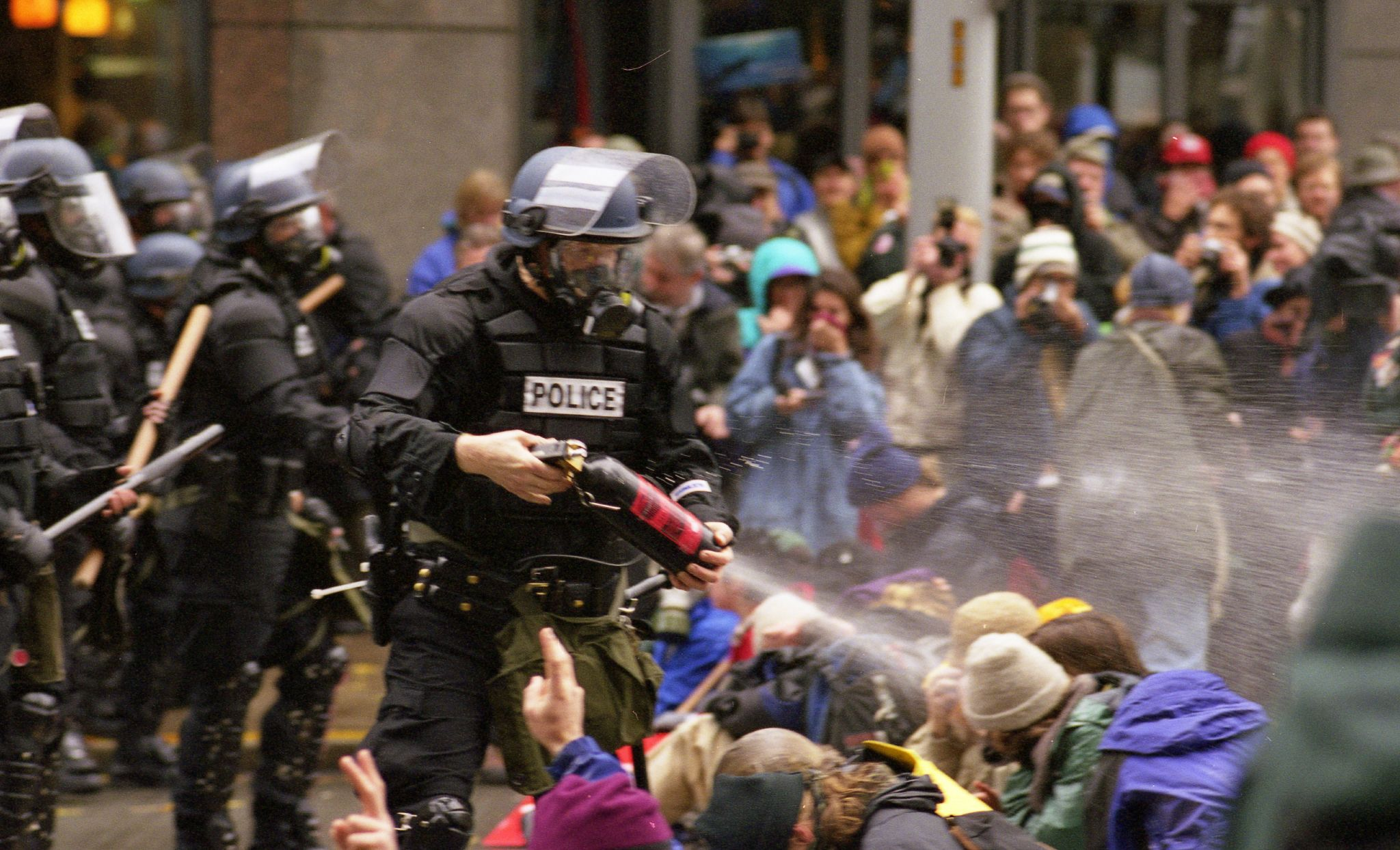 WTO_protests_in_Seattle_November_30_1999.jpg