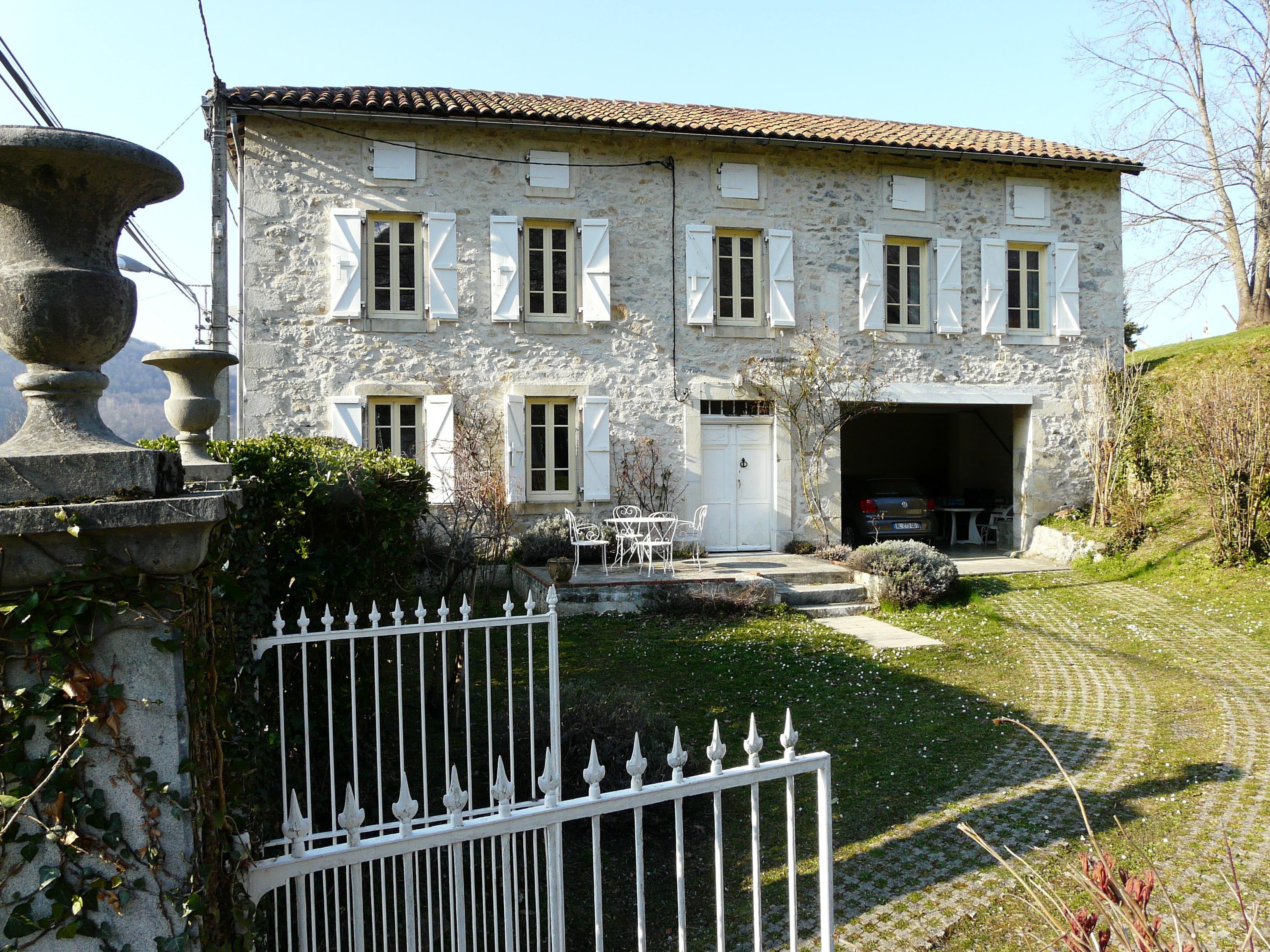 House_in_Pyrenees_KSherman.jpg