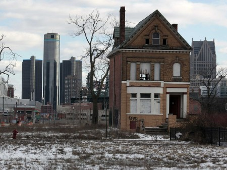 detroit-fight-shows-why-public-pensions-are-bound-for-problems-450x337.jpg